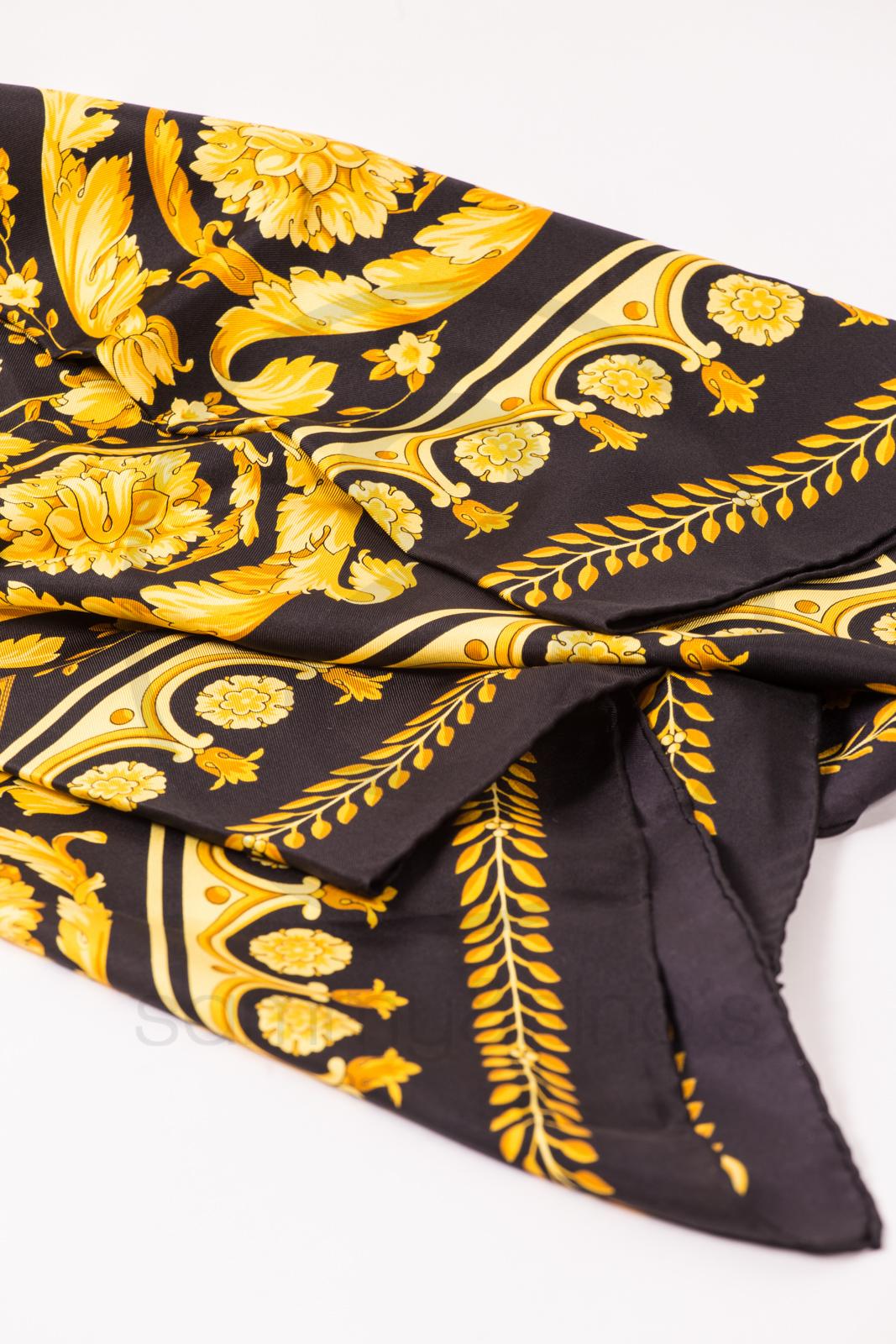 Gianni Versace Silk Foulard Scarf Sammy Amp Nino S Store