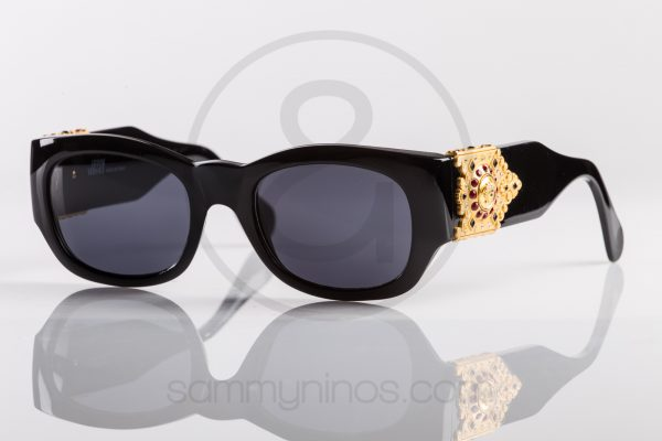 vintage-gianni-versace-sunglasses-413h-eyewear-1