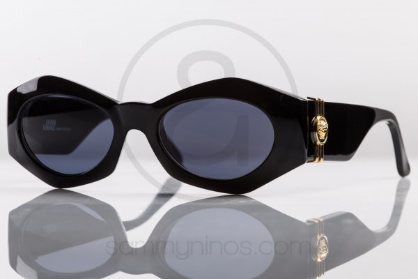 vintage-gianni-versace-sunglasses-422a-black-1