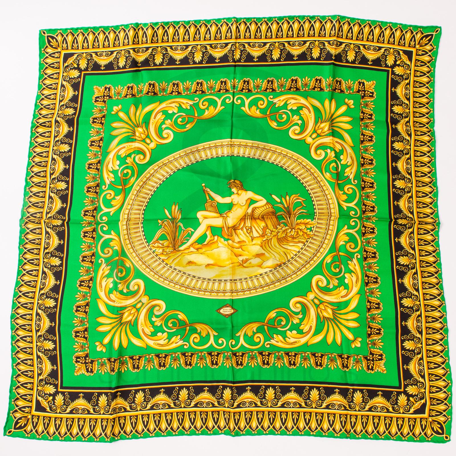 28155828 versace scarf vintage Gianni Versace silk foulard atelier versace sammyninos  4