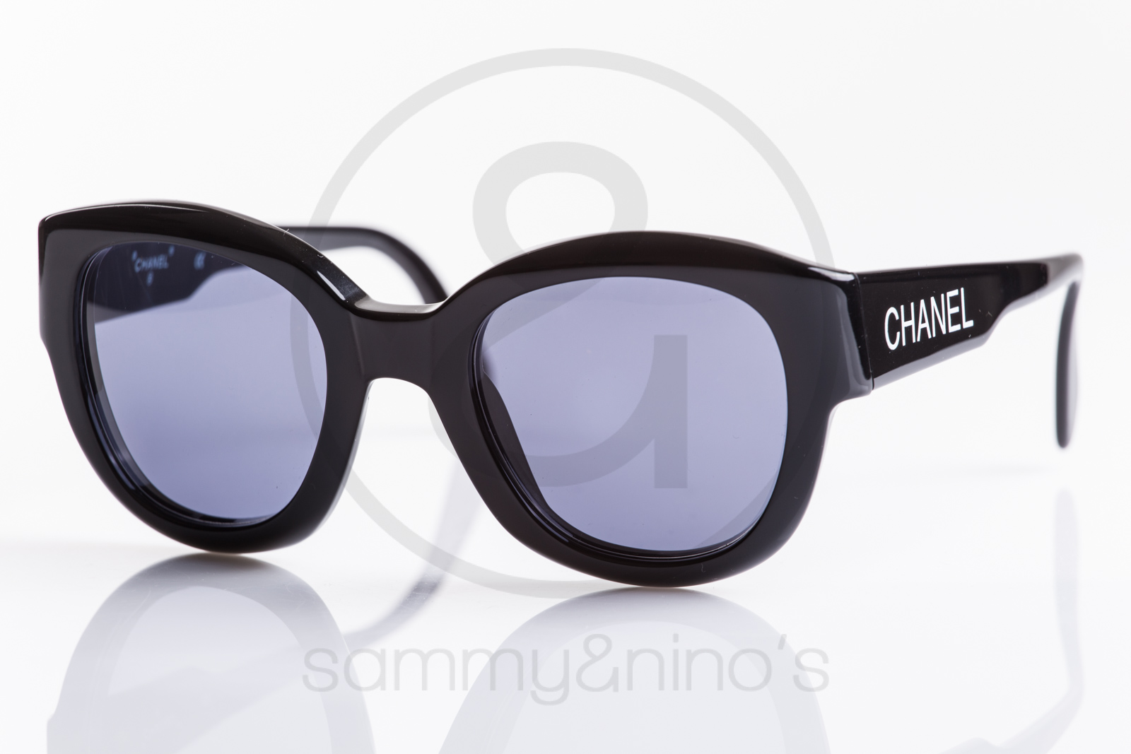 227edf1345ac Enchanting Chanel Frames Women Adornment - Frames Ideas Handmade ...