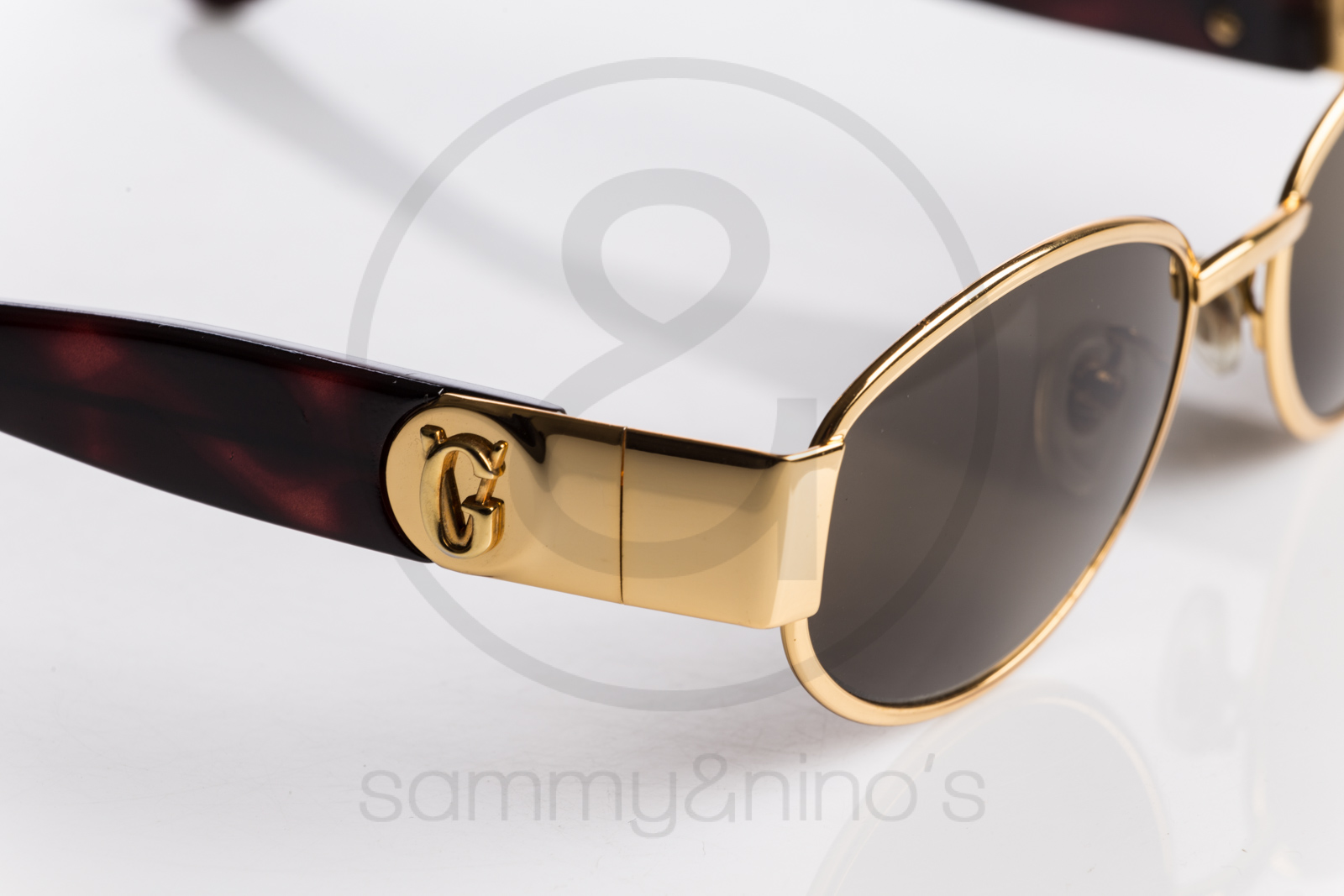 61afc2274194 Previous  Next. HomeSOLD OUTGianni Versace ...