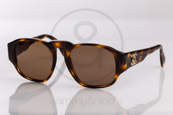 vintage-chanel-sunglasses-01452-90s-1