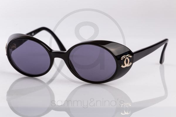 vintage-chanel-sunglasses-05976-90s-1