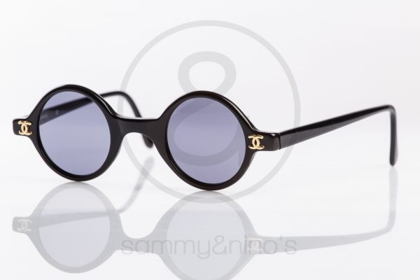 vintage-chanel-sunglasses-02468-black-2