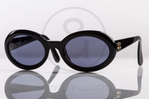 vintage-chanel-sunglasses-07801-black-1