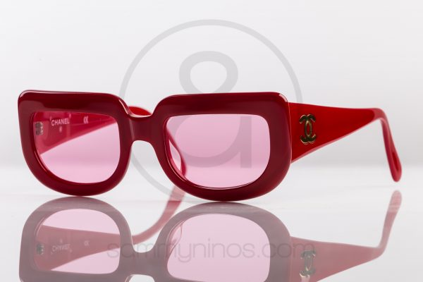 vintage-chanel-sunglasses-red-1