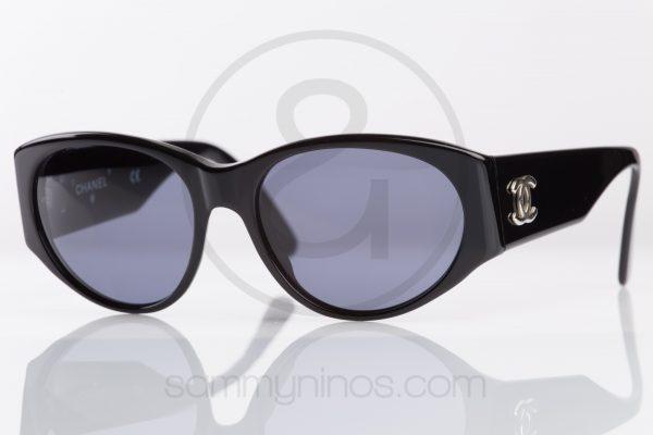 vintage-chanel-sunglasses-06917-lunettes-1