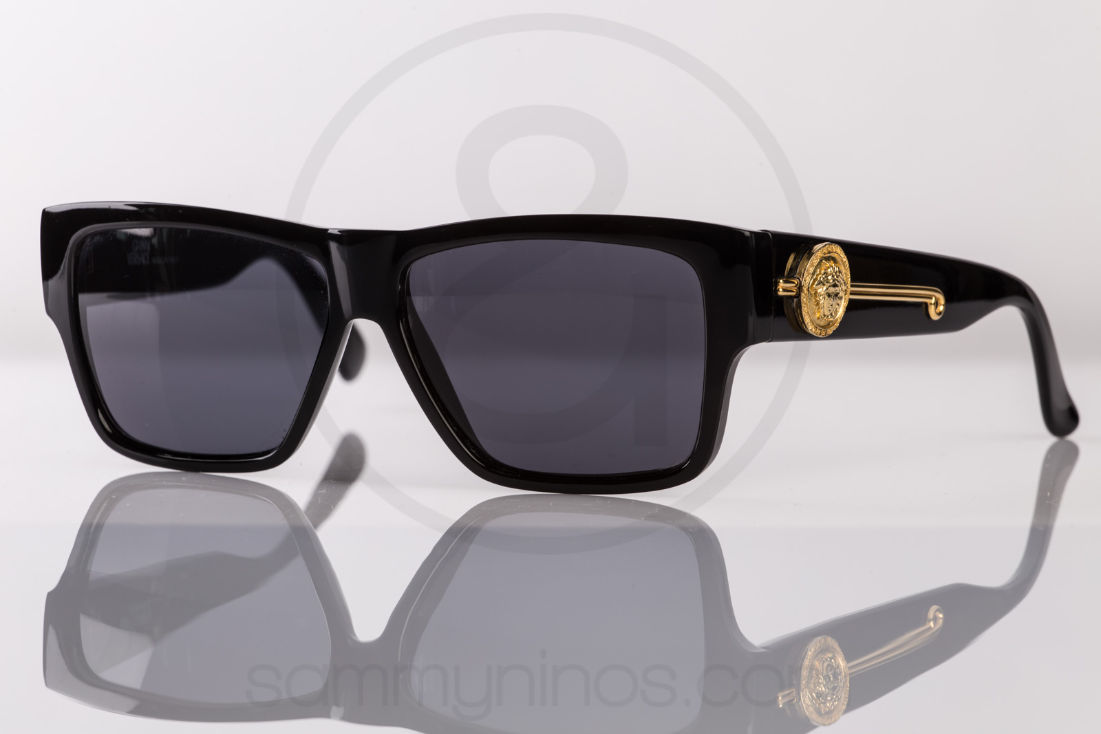 e2d18a0afbbee Previous  Next. HomeSOLD OUTGianni Versace 372 dm 852