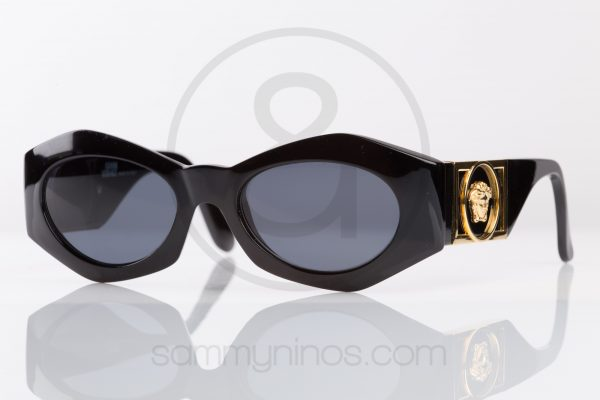 vintage-gianni-versace-sunglasses-421b-lunettes-1 56a215f1db61