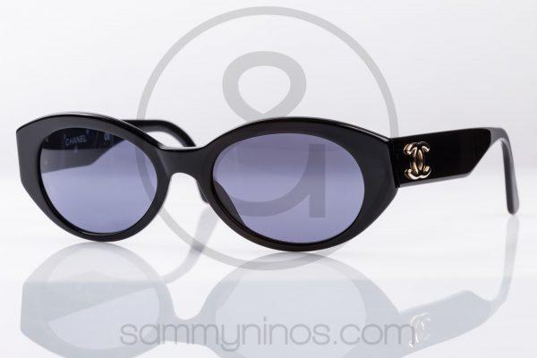 vintage-chanel-sunglasses-03517-lunettes-1